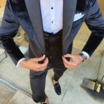 Aysoti Black Slim Fit Peak Lapel Velvet Tuxedo