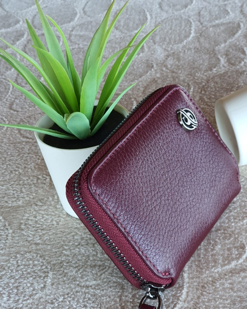 Aysoti Burgundy Zippered Leather Wallet