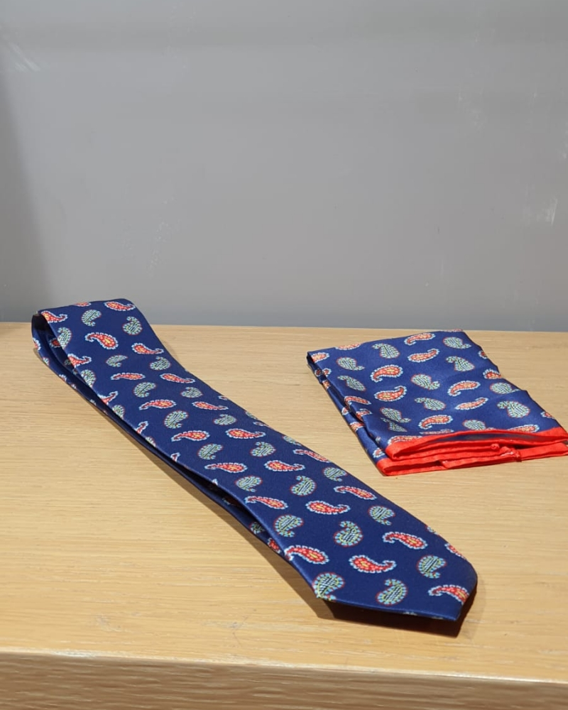Aysoti Faye Navy Blue Paisley Neck Tie