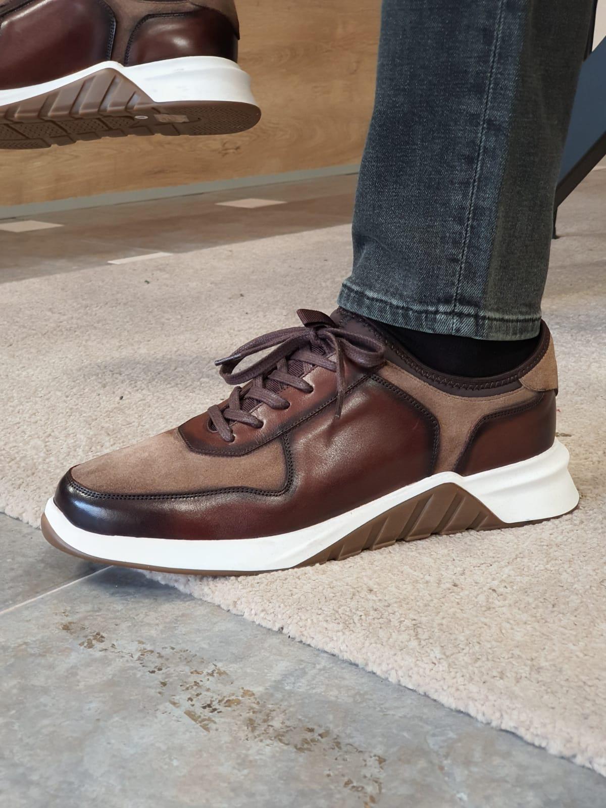 Aysoti Henderson Brown Low Top Sneakers