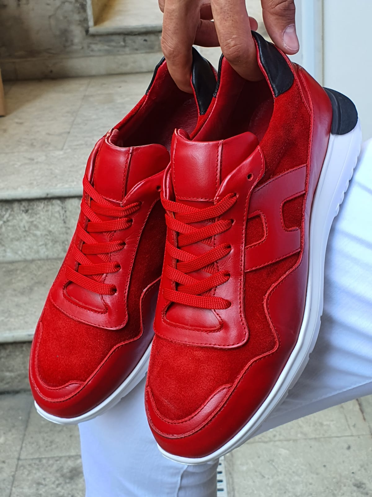 Aysoti Red Mid-Top Sneakers