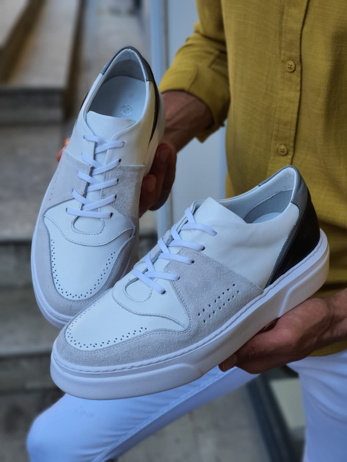 Aysoti White Mid-Top Sneakers