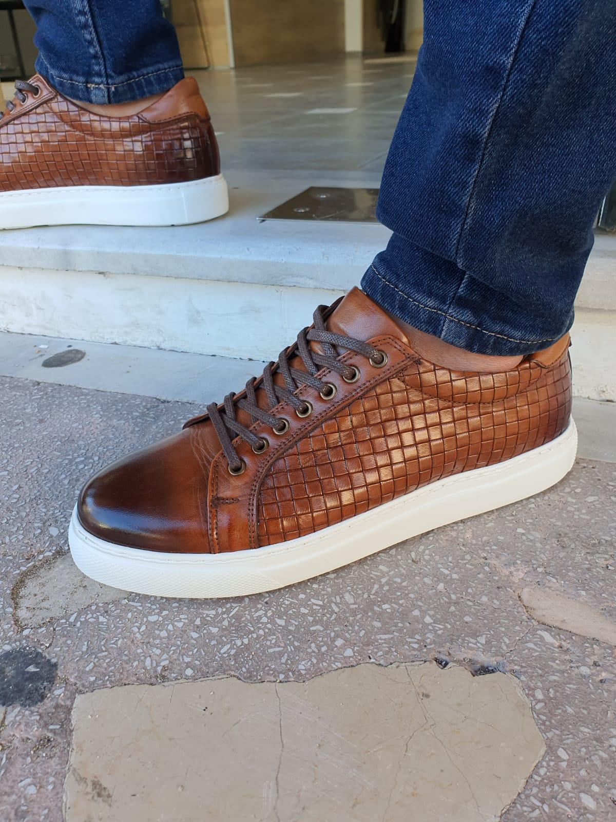 Aysoti Milford Tan Low-Top Sneakers