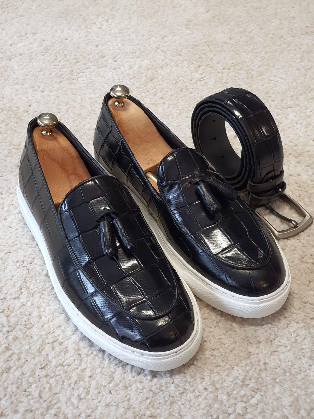 Aysoti Durham Black Tassel Loafers